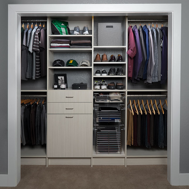 Reach in custom closets design for home organization