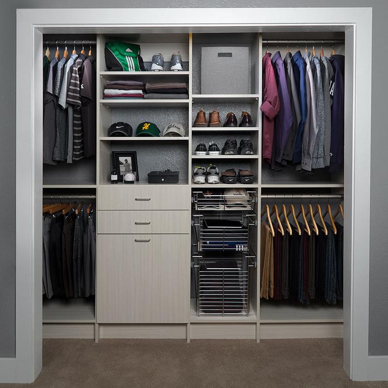 Reach in custom closets design for home organization