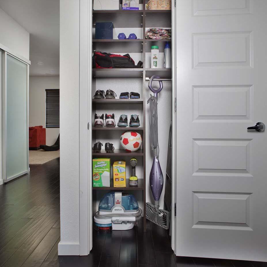 Custom utility closets design
